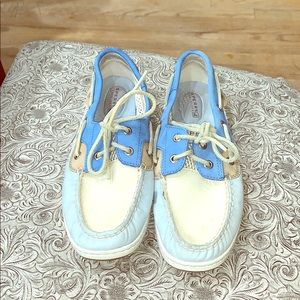 Sperry top slider size 8